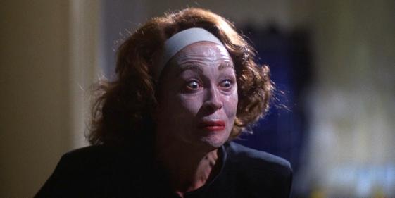 Blu-ray Review: Mommie Dearest (1981)